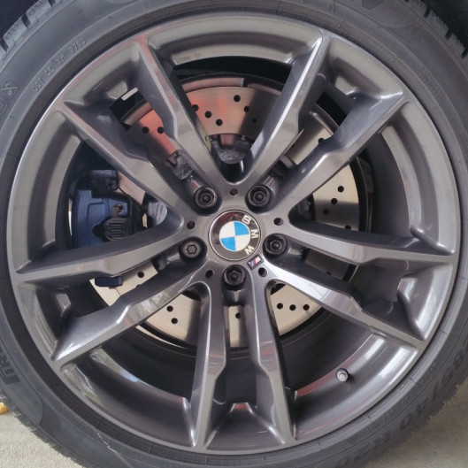 BMW Winterkompletträder M Doppelspeiche 611 orbitgrau 20 Zoll X5M F85 X6M F86 RDCi