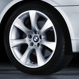 BMW Alufelge Sternspeiche 124 silber 8J x 18 ET 20 Vorderachse / Hinterachse 5er E60 E61 ohne xDrive
