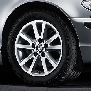 BMW Alufelge Sternspeiche 136 silber 7J x 16 ET 47 Vorderachse/Hinterachse BMW 3er E46
