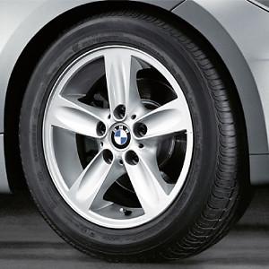 BMW Kompletträder Sternspeiche 140 silber 16 Zoll 1er E81 E82 E87 E88