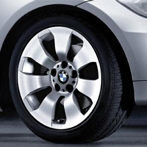 BMW Alufelge Sternspeiche 158 8J x 17 ET 34 Silber Vorderachse / Hinterachse BMW 3er E90 E91 E92 E93