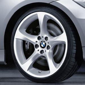 BMW Alufelge Sternspeiche 230 9J x 19 ET 39 Silber Hinterachse BMW 3er E90 E91 E92 E93