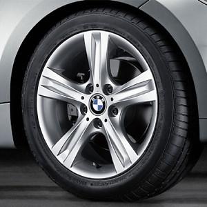 BMW Alufelge Sternspeiche 262 7,5J x 17 ET 47 Silber Hinterachse BMW 1er E81 E82 E87 E88