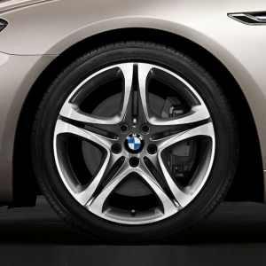 BMW Alufelge Sternspeiche 367 9J x 19 ET 44 glanzgdreht Hinterachse BMW 6er F06 F12 F13 5er F10
