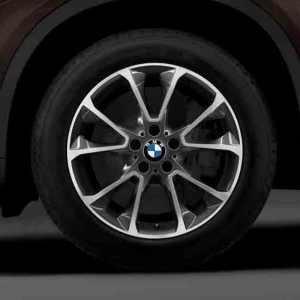 BMW Winterkompletträder Sternspeiche 449 bicolor (orbitgrey / glanzgedreht) 19 Zoll X5 F15 RDCi