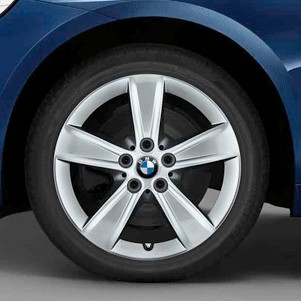 BMW Kompletträder Sternspeiche 478 silber 17 Zoll 2er F45 F46 RDCi