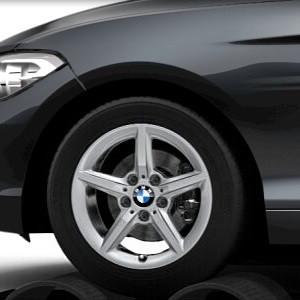 BMW Winterkompletträder Sternspeiche 654 silber 16 Zoll 1er F20 F21 2er F22 F23 RDCi
