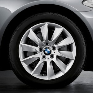 BMW Alufelge Turbinen-Styling 329 9J x 18 ET 44 Silber Hinterachse BMW 6er F06 F12 F13 5er F10