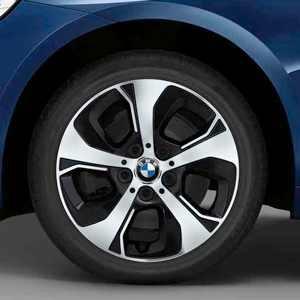 BMW Alufelge Turbinenstyling 472 bicolor (silber / glanzgedreht) 7J x 16 ET 52 Vorderachse / Hinterachse (rechte Fahrzeugseite) BMW 2er F45 F46