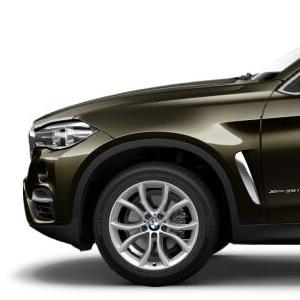 BMW Winterkompletträder V-Speiche 594 silber 19 Zoll X6 F16 RDCi