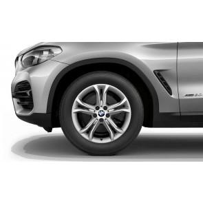 BMW Winterkompletträder Doppelspeiche 688 silber 18 Zoll X3 G01 X4 G02 RDCi