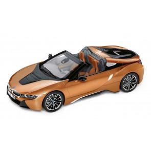 BMW i8 Roadster Miniatur