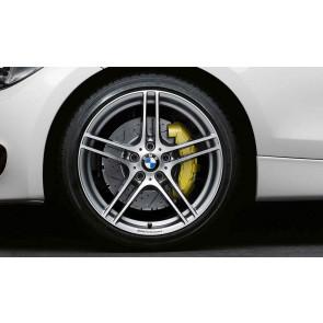 BMW Alufelge M Doppelspeiche 313 bicolor (ferricgrey / glanzgedreht) mit Performance-Schriftzug, ohne M-Logo 8,5J x 18 ET 52 Hinterachse BMW 1er E81 E82 E87 E88