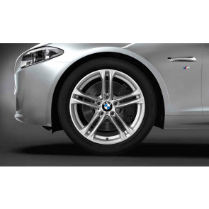 BMW Winterkompletträder M Doppelspeiche 613 silber 18 Zoll 5er F10 F11 6er F06 F12 F13 RDC LC