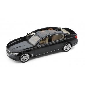 BMW 7er G12 Langversion Miniatur 1:18