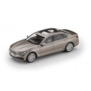 BMW 7er G12 Langversion Miniatur 1:43