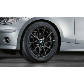 BMW Winterkompletträder Doppelspeiche 178 schwarz 17 Zoll 1er E81 E82 E87 E88