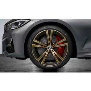 BMW Winterkompletträder Doppelspeiche 793 bicolor (night gold / glanzgedreht) 19 Zoll 3er G20 G21 4er G22 G23 RDCi (Mischbereifung)