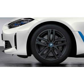 BMW Winterkompletträder Doppelspeiche 853 gunmetal grey 18 Zoll 4er G26 RDCi