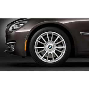 BMW Alufelge Individual V-Speiche 228 silber 8J x 19 ET 37 Vorderachse 3er E90 E91 E92 E93