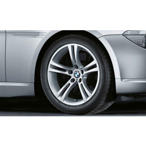 BMW Alufelge M Doppelspeiche 184 8J x 18 ET 14 Silber Vorderachse / Hinterachse BMW 5er E60 E61 6er E63 E64
