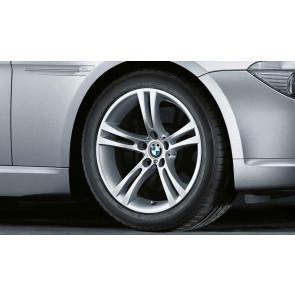 BMW Alufelge M Doppelspeiche 184 8J x 18 ET 20 Silber Vorderachse / Hinterachse BMW 5er E60 E61