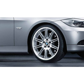 BMW Alufelge M Doppelspeiche 225 9J x 19 ET 39 Silber Hinterachse BMW 3er E90 E91 E92 E93