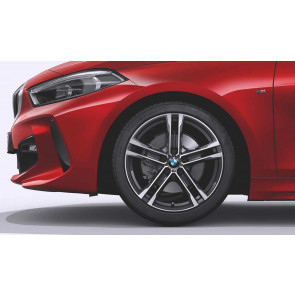 BMW Kompletträder M Doppelspeiche 819 bicolor (orbitgrey / glanzgedreht) 18 Zoll 1er F40 2er F44 RDCi