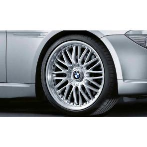 BMW Alufelge M Kreuzspeiche 101 8J x 19 ET 37 Silber Vorderachse BMW 3er E90 E91 E92 E93