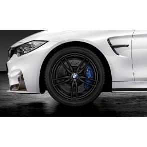 BMW Winterkompletträder M V-Speiche 641 schwarz matt 19 Zoll M3 F80 M4 F82 F83 RDCi (Mischbereifung)
