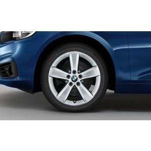 BMW Winterkompletträder Sternspeiche 478 reflexsilber 17 Zoll 2er F45 F46 RDCi