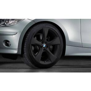 BMW Kompletträder Sternspeiche 311 schwarz matt 18 Zoll 1er E81 E82 E87 E88