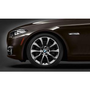 BMW Alufelge Turbinenstyling 453 8,5J x 19 ET 33 silber / glanzgedreht Vorderachse 5er F10 F11 6er F06 F12 F13