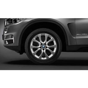 BMW Winterkompletträder V-Speiche 450 reflexsilber 19 Zoll X5 F15 RDCi