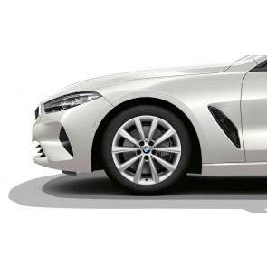 BMW Winterkompletträder V-Speiche 642 reflexsilber 18 Zoll 8er G14 G15 G16 RDCi