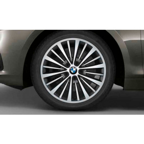 BMW Kompletträder Vielspeiche 481 bicolor (reflexsilber / glanzgedreht) 17 Zoll 2er F45 F46